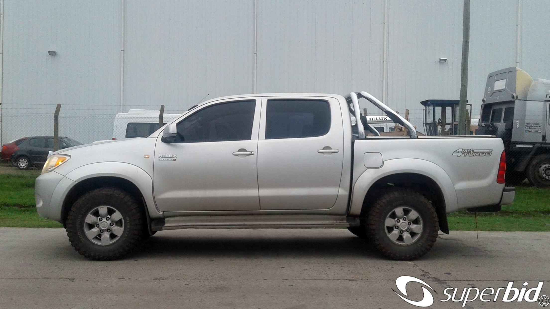 Subasta Detoyota Pick Up Hilux 4x4 Cabina Doble Srv 3 0 Tdi